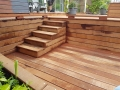 trap naar houten terras