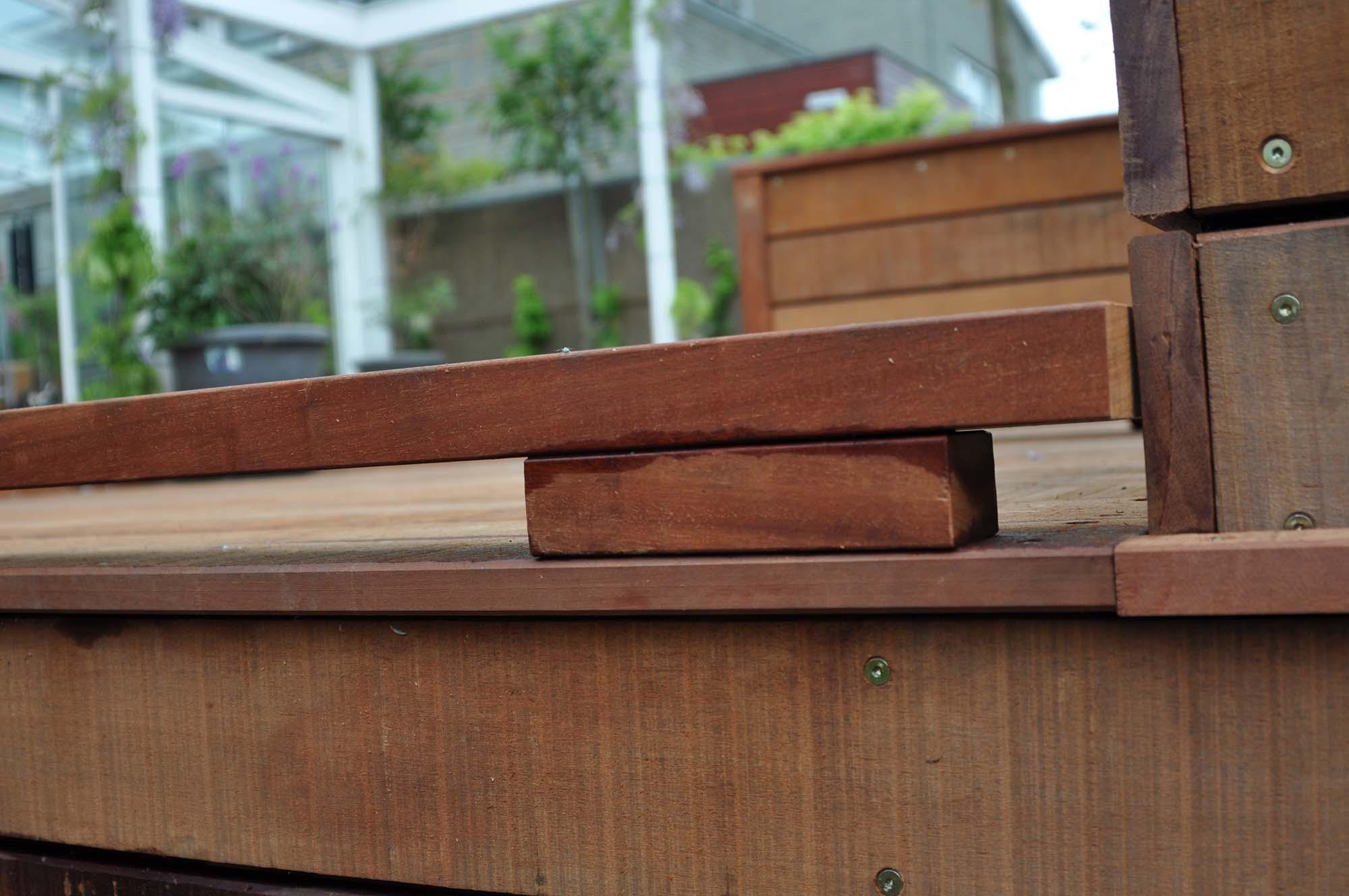 Houten vlonder of houten terras aanleggen in zoetermeer
